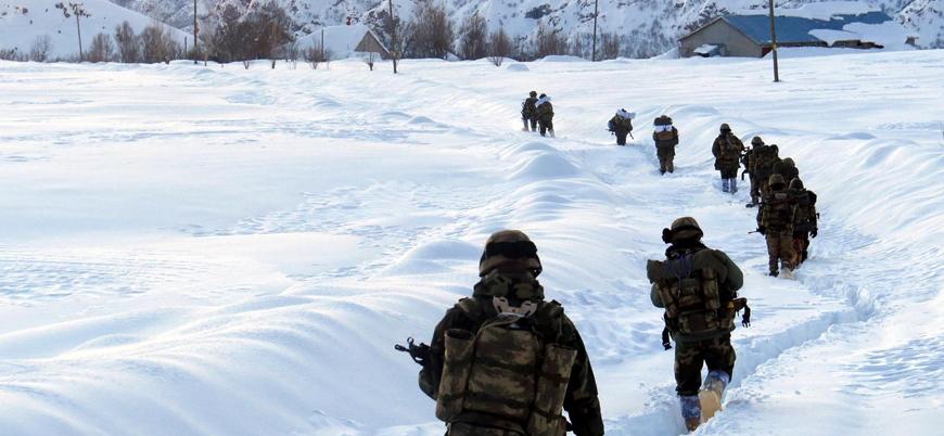 Tunceli'de iki asker donarak yaşamını yitirdi