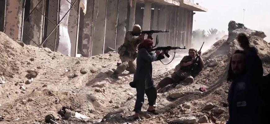 Deyr ez Zor'da ölen PKK'lı sayısı 300'ü geçti, IŞİD tüm bölgeleri geri aldı