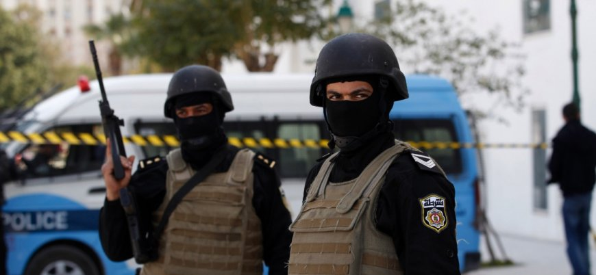 Tunus'taki canlı bomba saldırısında IŞİD şüphesi