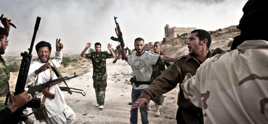 """""""Kaddafi'nin kayıp milyonları iç savaşta kullanıldı"""""""