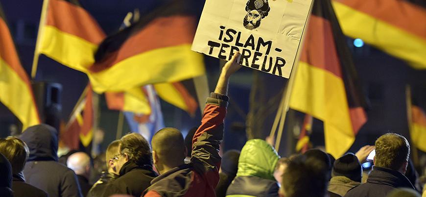 """""""Almanya'ya gelen göçmenlere antisemitizme karşı ders verilsin"""""""