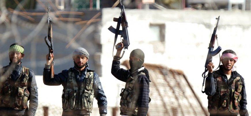 """""""Türkiye binden fazla muhalifi YPG'ye karşı operasyon için cephe hattına getirdi"""""""