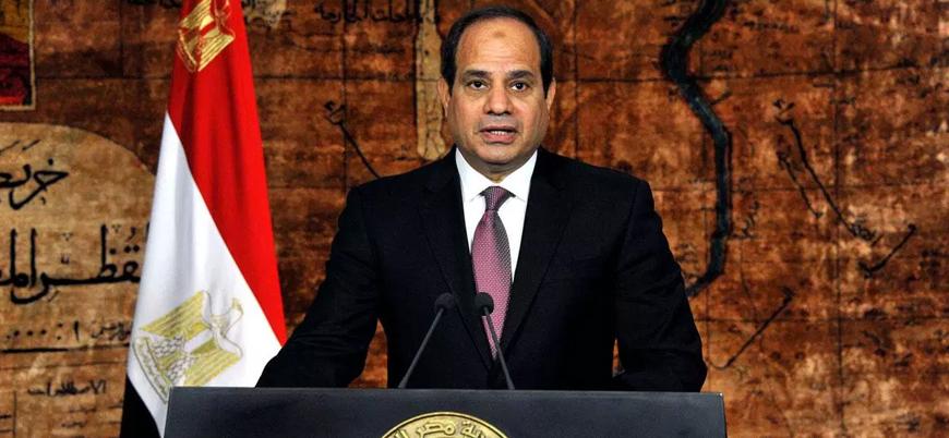 Sisi: Mısır'ı 2011 devrimi öncesine döndürmek istiyoruz