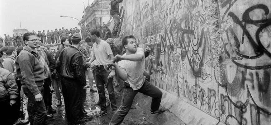 Berlin Duvarı'nın yıkılışının 29. yılı