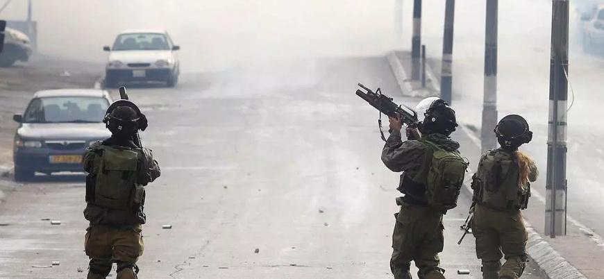 İsrail biri milletvekili 11 Filistinliyi gözaltına aldı