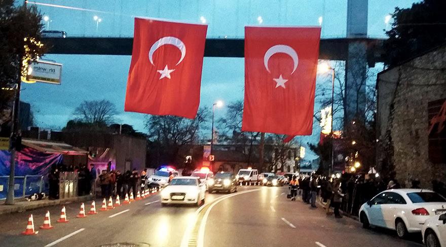 Times'tan Türkiye yorumu: Batı, hayati müttefiğine destek vermeli