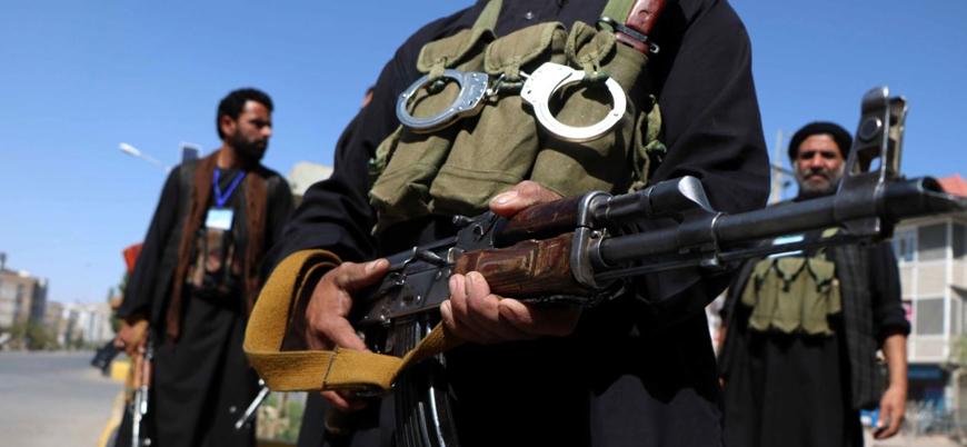 Taliban Hazara bölgesinde ilerliyor: Bir ilçe ele geçirildi