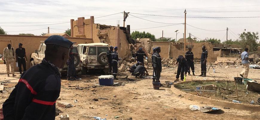 Mali'de yabancı askerlere bombalı araç saldırısı