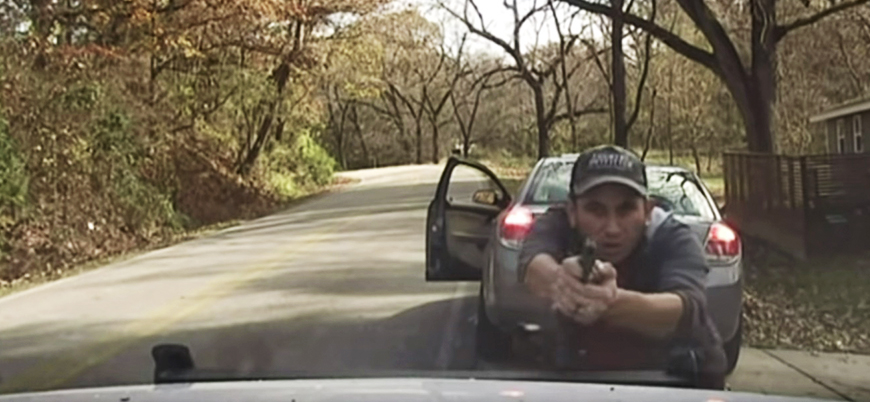 ABD'de şüpheli şahıs polisle böyle çatıştı