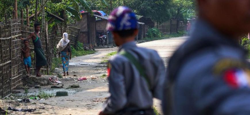 Myanmar polisi mülteci kampını bastı: 4 yaralı
