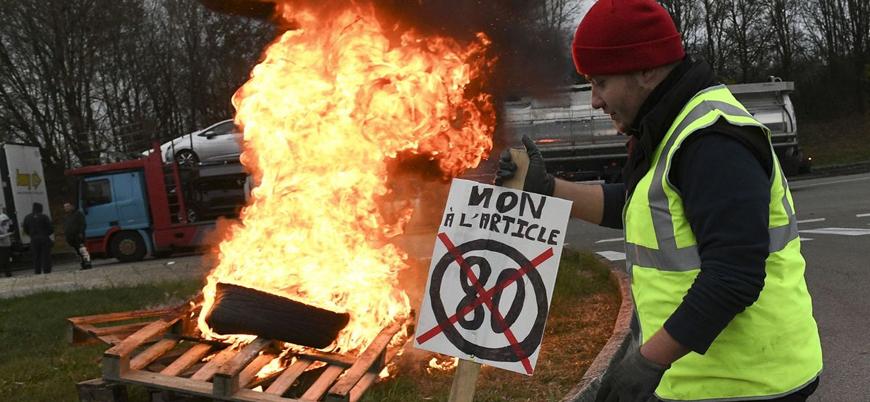 Fransa'da başlayan 'Sarı Yelekler' gösterileri Belçika'da da yayılıyor