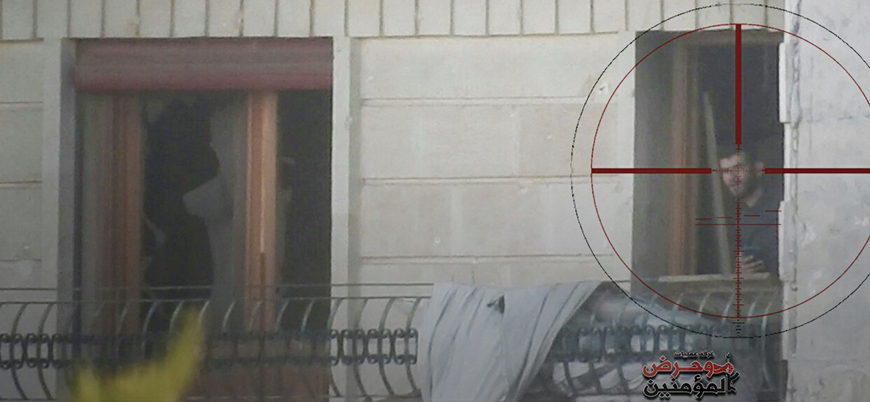 Suriye'de Hurras ed Din grubu rejimi keskin nişancılarla hedef aldı