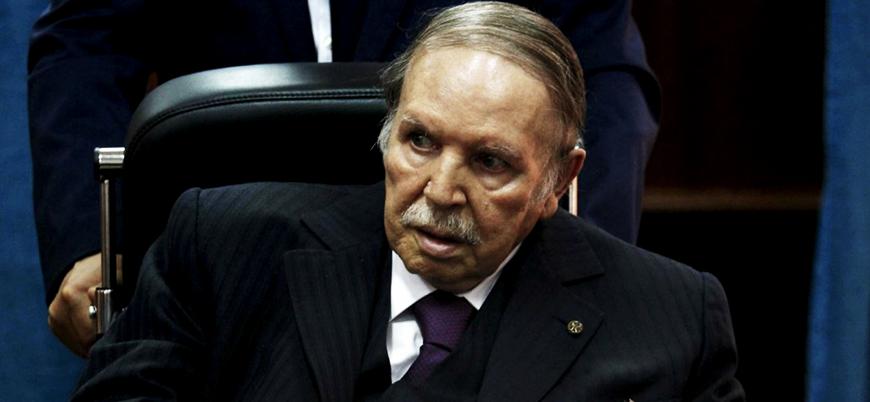 Buteflika'dan sonra: Fransa'dan eski sömürgesi Cezayir'e 'barış ve refah' mesajı