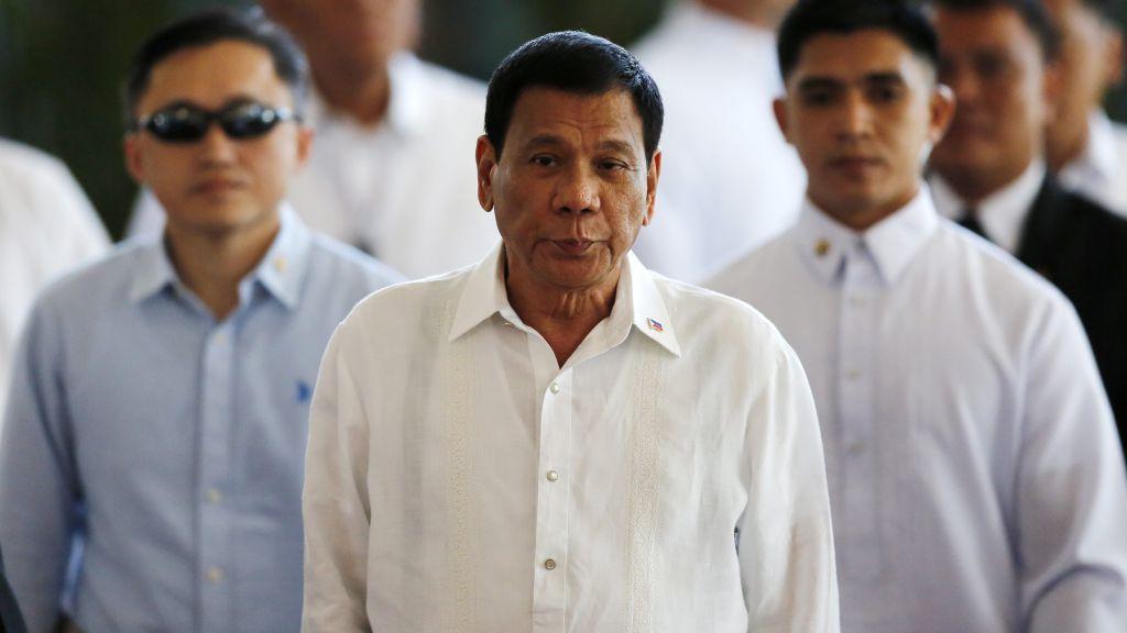 """Duterte Rusya ile yakınlaşıyor: """"Çok Yaşayın!"""""""