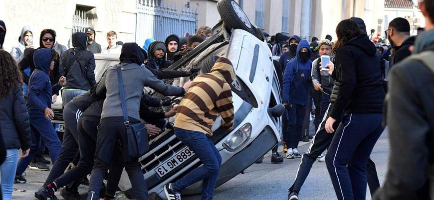 Fransa'da 700'den fazla lise öğrencisine gözaltı