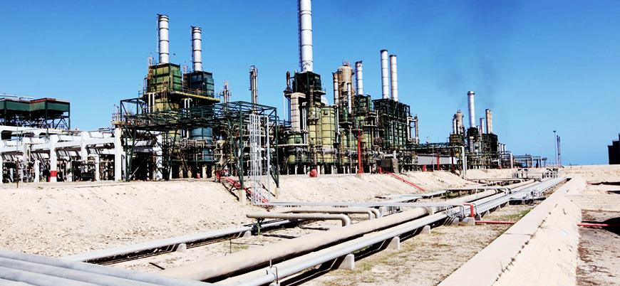 Libya'da kamu hizmeti protestosu: Petrol sahasını bastılar