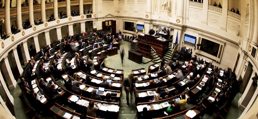 Belçika'da göçmen paktı krizi yüzünden hükümet dağıldı