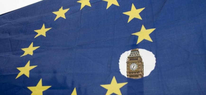 May Brexit'e ek garanti için Avrupa turunda
