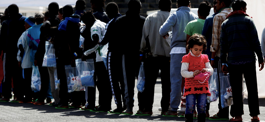 İtalya göçmen merkezlerini iki katına çıkaracak