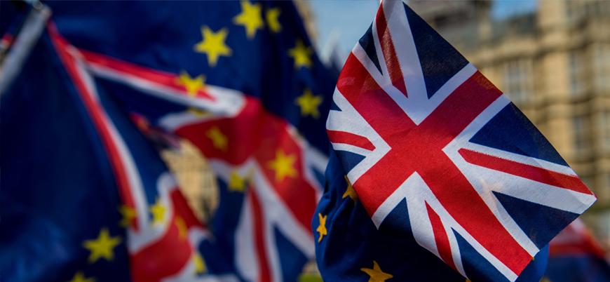 Brexit: İngiltere son 4 çeyrekte düşüş yaşadı