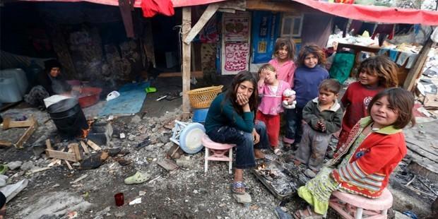 """Lübnan'dan Suriyeli mültecilere: """"Ülkenize dönün"""""""