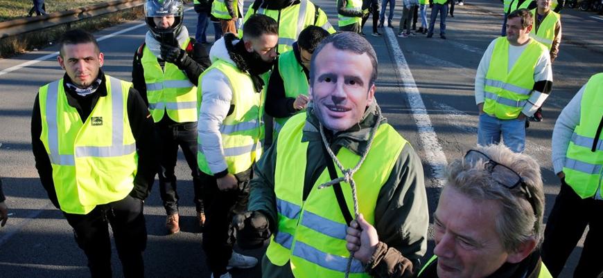 Macron'un çağrısına rağmen 'Sarı Yelekliler' meydana inecek