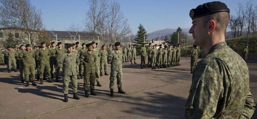 Sırbistan 'Kosova ordusu' uyarısını yineledi