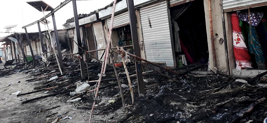ABD Afganistan'ın Hilmend ilinde bir pazar yerini ateşe verdi