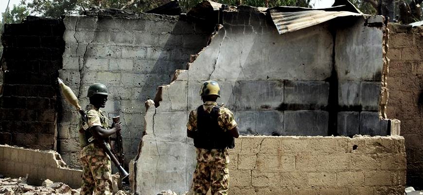 Nijerya'da askeri üsse saldırı: En az 12 asker öldü