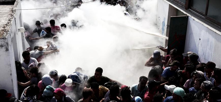 """""""Yunan görevliler Türkiye'ye geri gönderdikleri mültecileri eşyalarına el koyup dövüyor"""""""