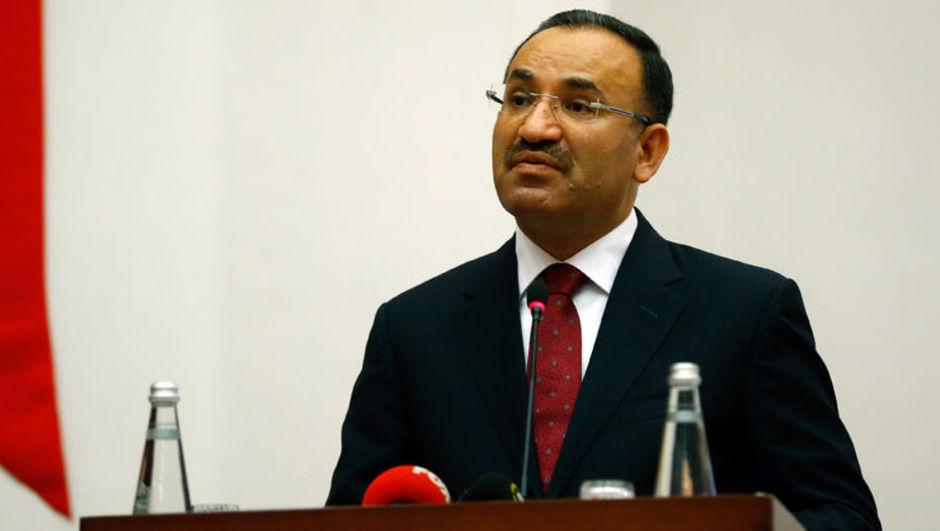 Bozdağ: Atatürk anayasalarına dönüyoruz