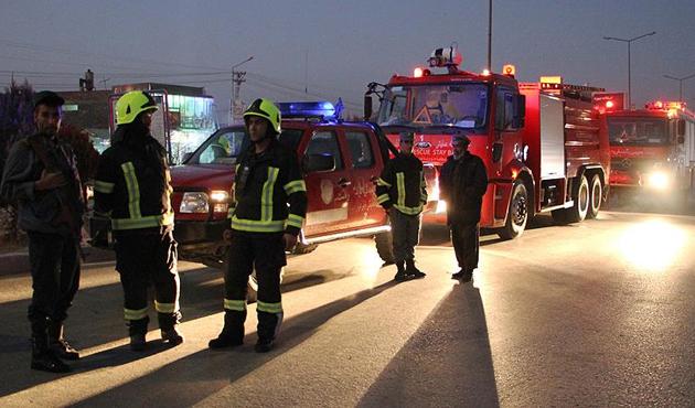 Kandahar'da valiliğe bombalı saldırı