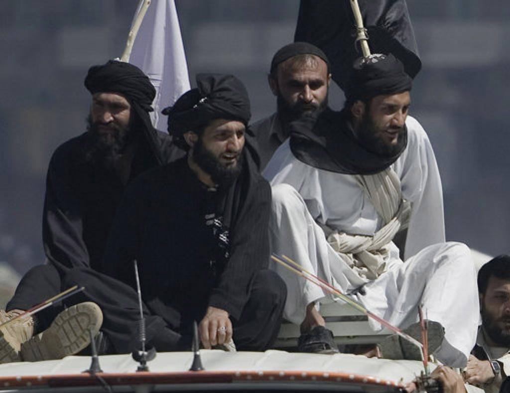 Afgan yetkililer Taliban için 'güvenli bölge' istiyor