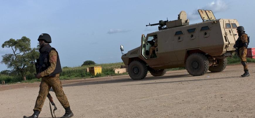 Burkina Faso'da polis konvoyuna pusu: 10 ölü
