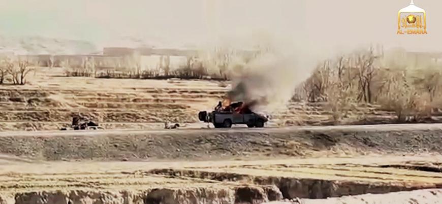 Taliban Afganistan'da hükümet güçlerinin konvoyunu vurdu