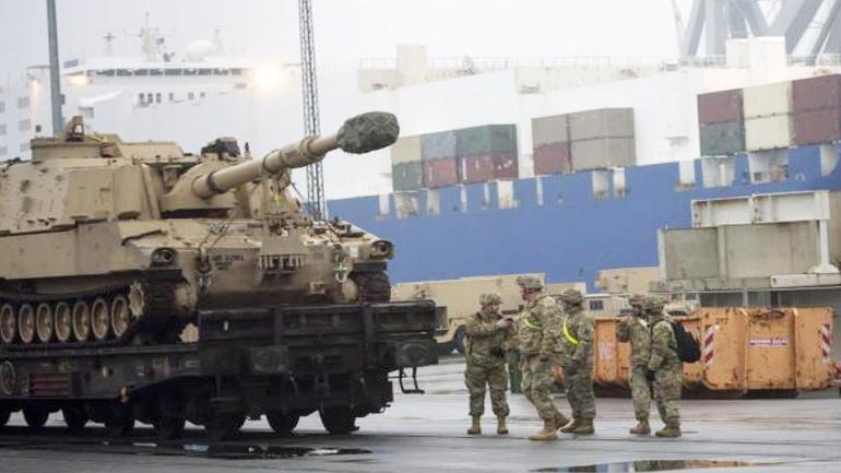 ABD'nin Polonya'ya askeri sevkiyatı sürüyor