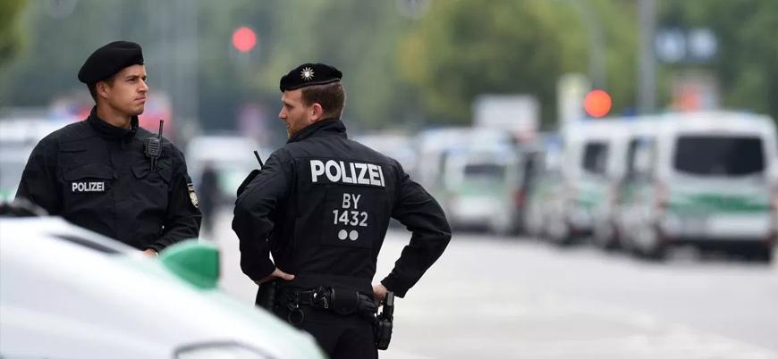 Almanya'da göçmenlere araçlı saldırı