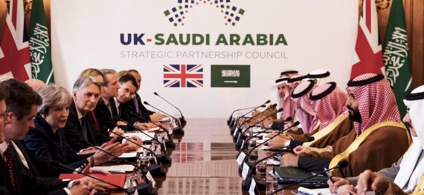 'İngiltere Suudi Arabistan'ı kınadığı gün İngiliz heyeti Riyad'da silah pazarlığı yapıyordu'