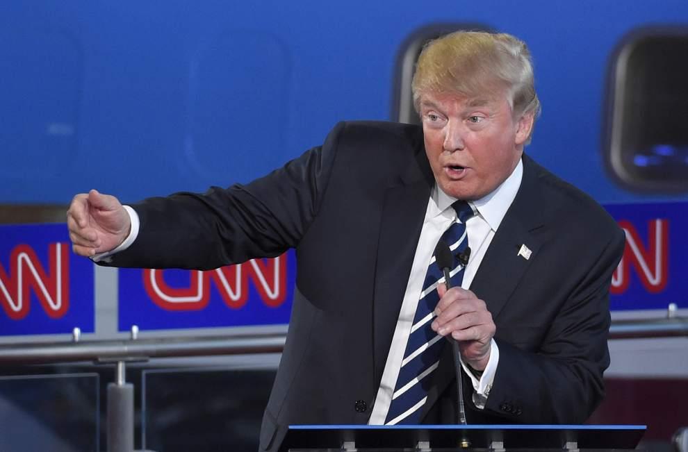 Trump:  CNN'in itibarı yakında gidecek