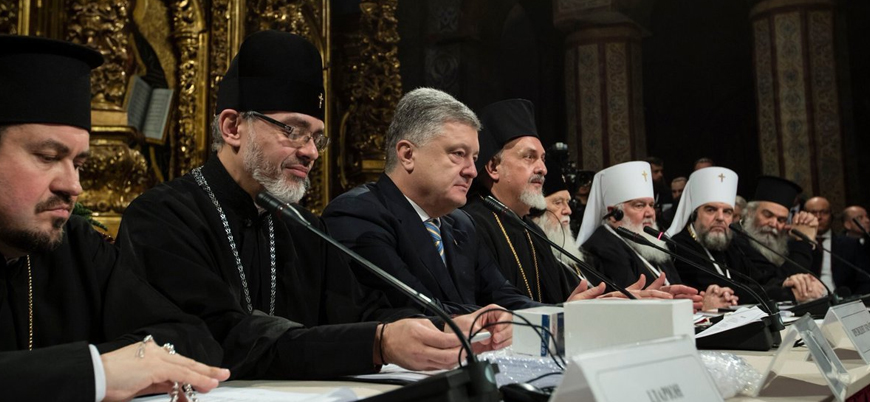 Ukrayna Ortodoks Kilisesi'nin bağımsızlığını belgeleyen imza bugün atılacak
