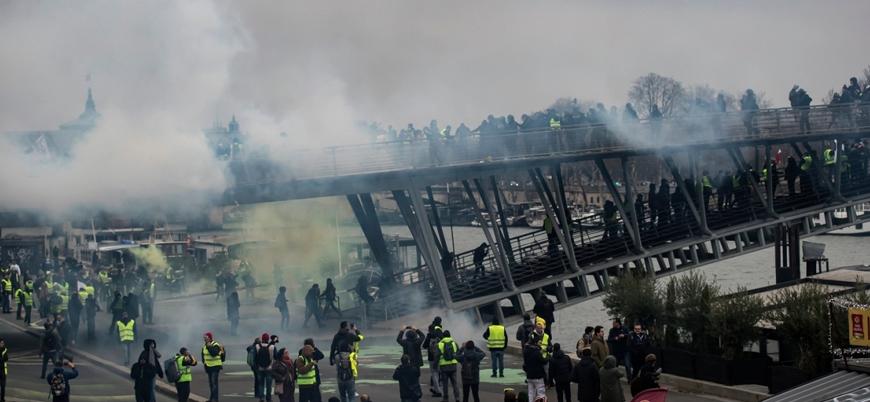 Fransa'da Sarı Yelekliler 8. hafta da sokaklara indi