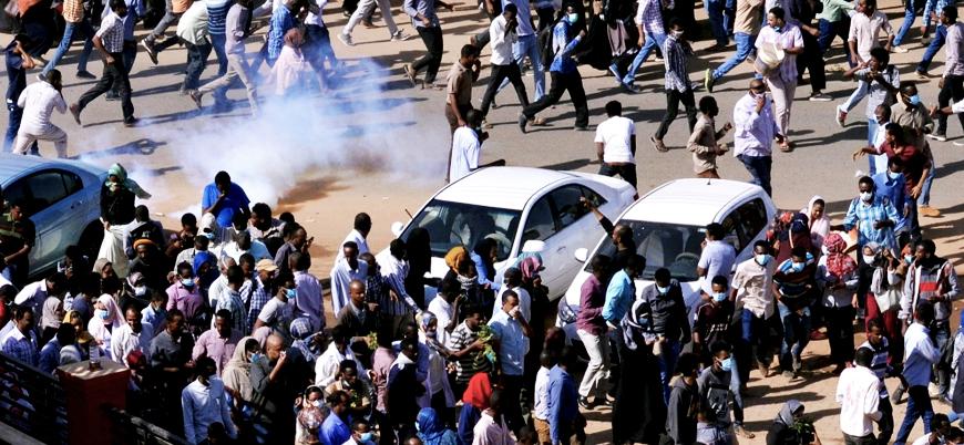 Sudan'da akademisyenler gösterilere katıldıkları için tutuklandı