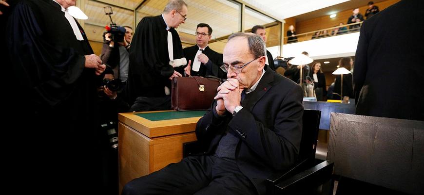 'Kilisede taciz' davası 7 Mart'a ertelendi