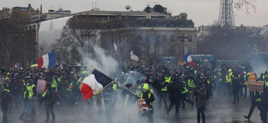 Fransa'da 50'den fazla Sarı Yelekli'ye gözaltı