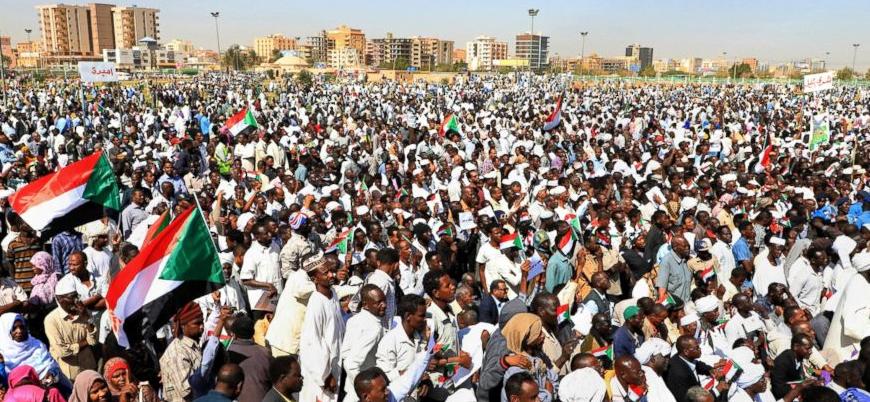 Sudan'daki hükümet karşı gösterilerde bilanço artıyor