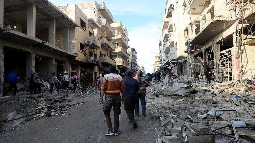 İdlib'de pazar yerine hava saldırısı: 10 ölü
