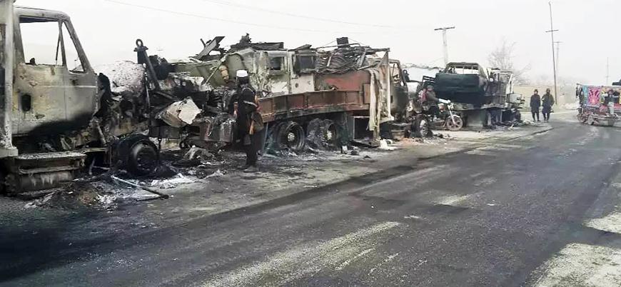 Afganistan'da Taliban askeri konvoyu vurdu: En az 70 aracı ateşe verdi