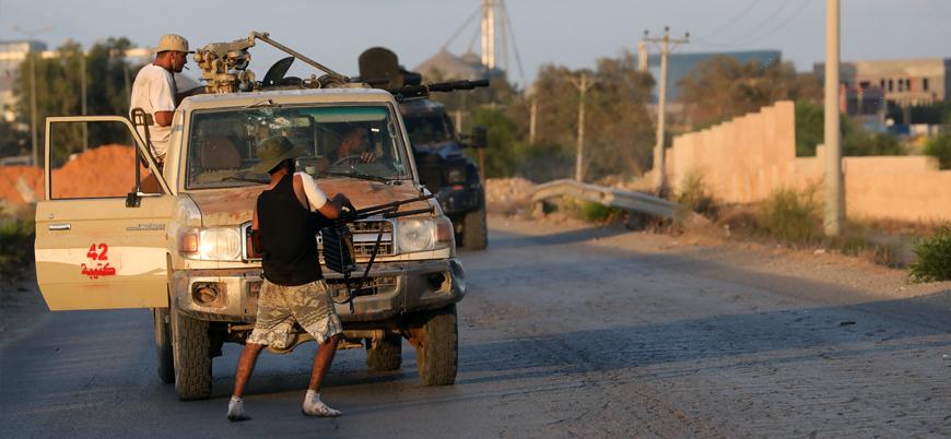 Libya'nın başkenti Trablus'ta silahlı gruplar arası çatışmalar tekrar başladı
