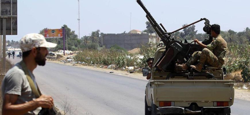 Libya'nın başkenti Trablus'da silahlı gruplar ateşkes ilan etti
