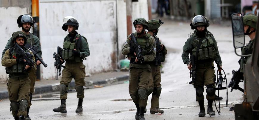 Batı Şeria'da İsrail askerleri bir Filistinliyi öldürdü